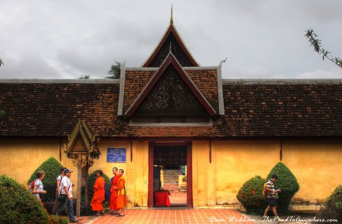 Tourist arrivals in Laos exceed forecast targets