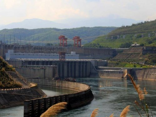Laos On Alert As China Releases Deluge of Water from Mekong Dam