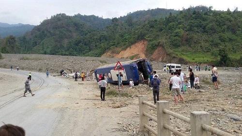 Four Korean Tourists, Lao Driver Die In Road Crash