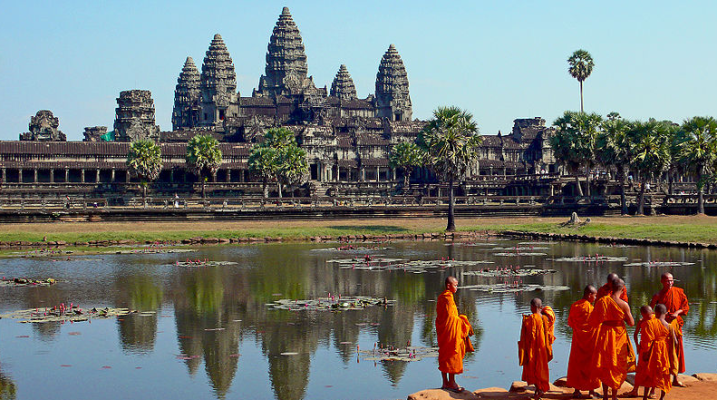 Cambodia-Laos air​ links increased