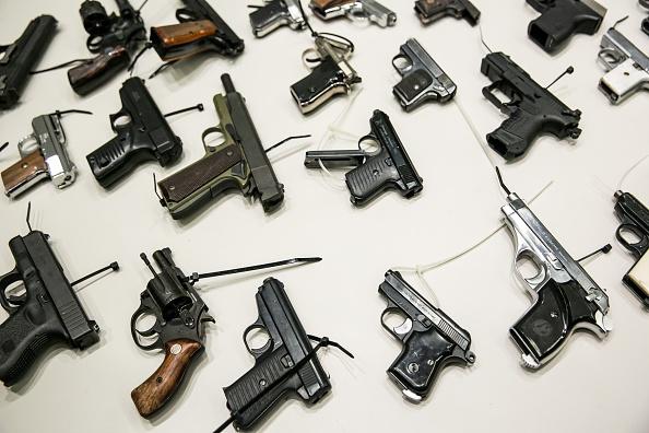Vientiane Police Crack Down On Gun Trade