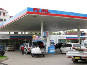 Motorists Grapple With Fuel Shortage In Vientiane